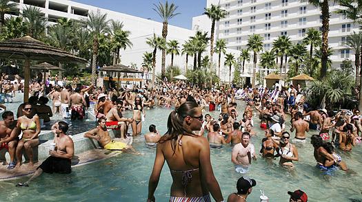 Famosas Festas de Piscinas (Pool Parties) (Foto: Reprodução)
