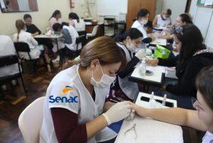 Curso gratuito manicure Senac - Como inscrever-se online