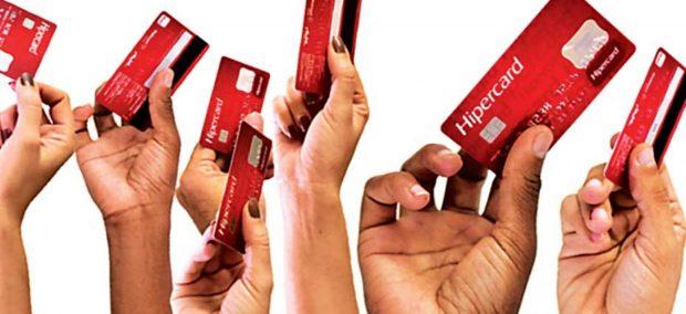 Destacar a popularidade do Cartão Hipercard