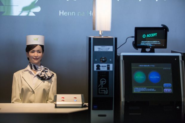 Hotel robótico demite metade dos seus robôs