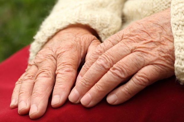 Para envelhecer não precisa deixar de ir à balada