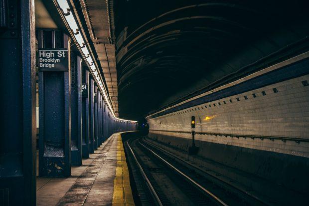 Qual é essa notícia sobre o metrô que anda sozinho? Entenda!