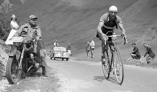 Ciclista italiano que salvou centenas de judeus do Holocausto