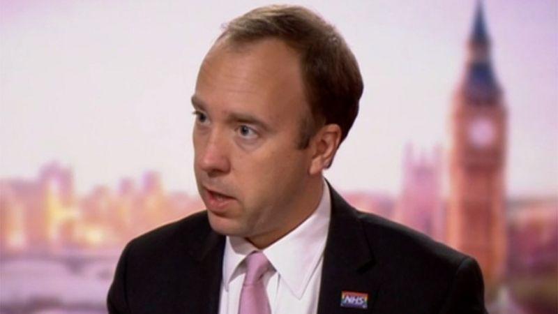 Covid-19: sintomáticos que não se isolarem receberão multa de até R$70 mil na Inglaterra