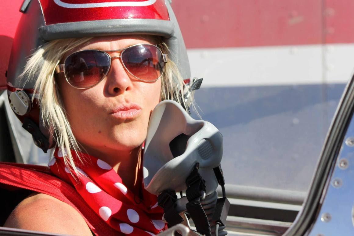Veja fotos de Jessi Combs, a mulher piloto que morreu para pesquisar um recorde
