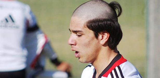 27 cortes de cabelo muito bizarros entre os famosos